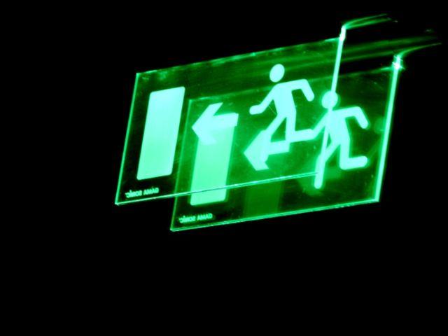 Hoe noodverlichting controleren? - checkmore.nl